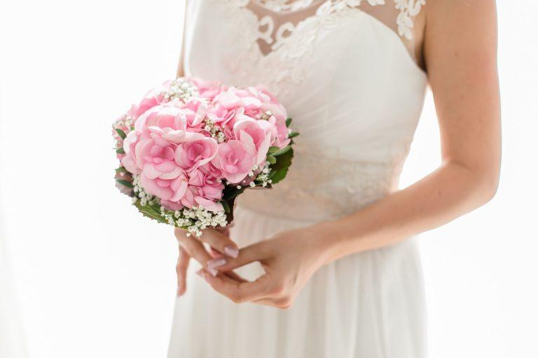 bride-2121784_1920