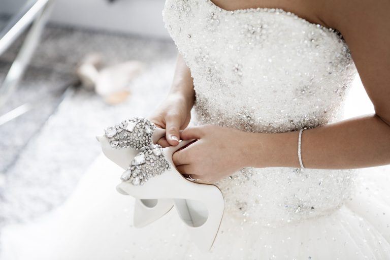 wedding-2589802_1920